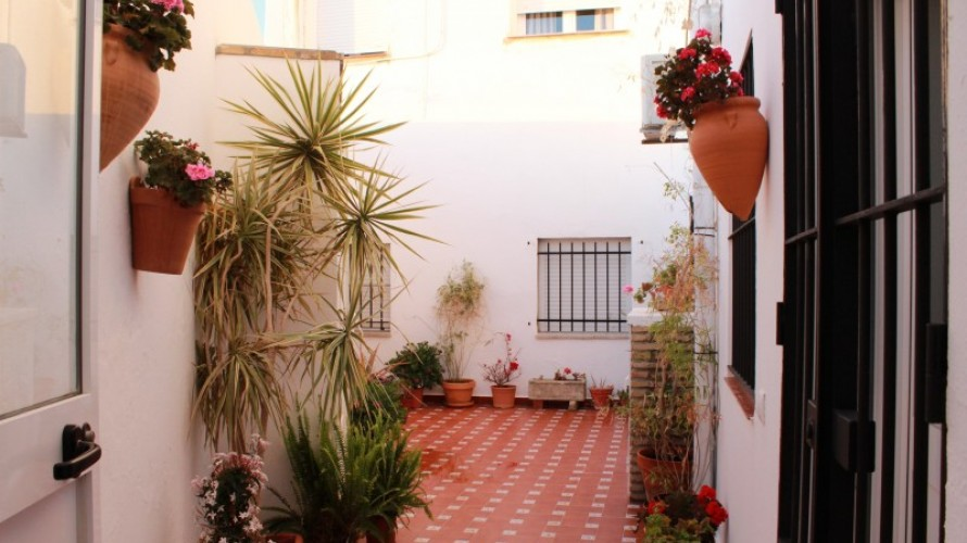patio-interior